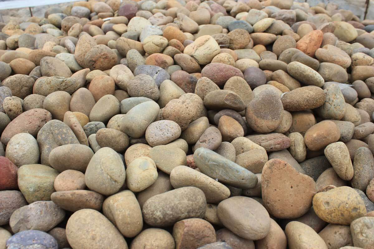 Desert Brown Cobble and Pebbles