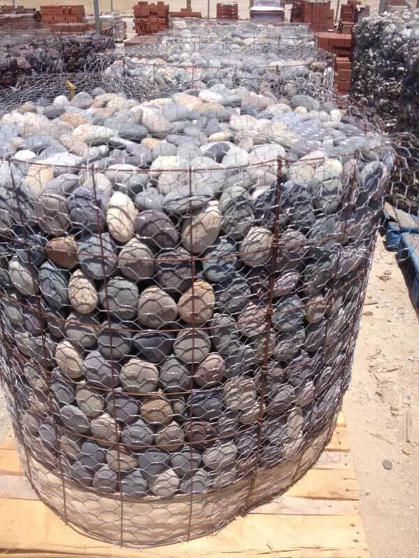 LaPaz Mix Cobbles and Pebbles