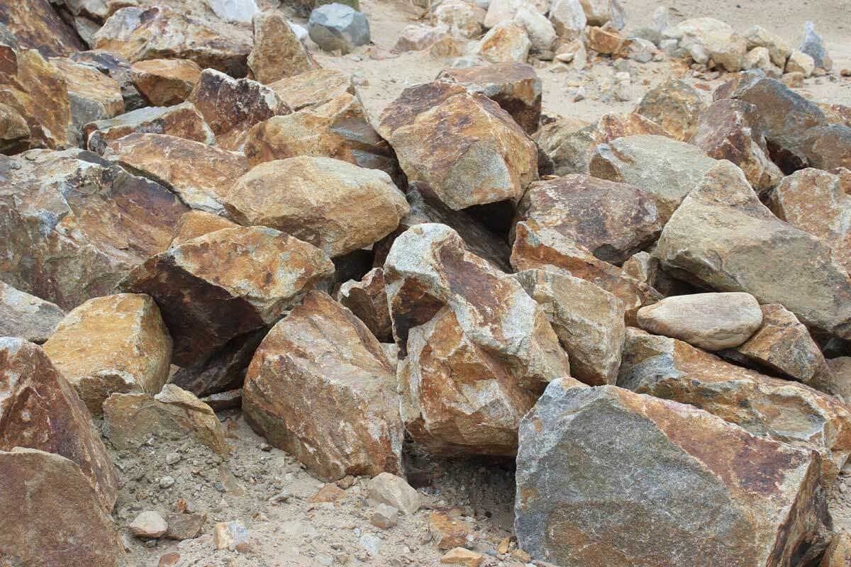 Oak Valley Cresta Boulders